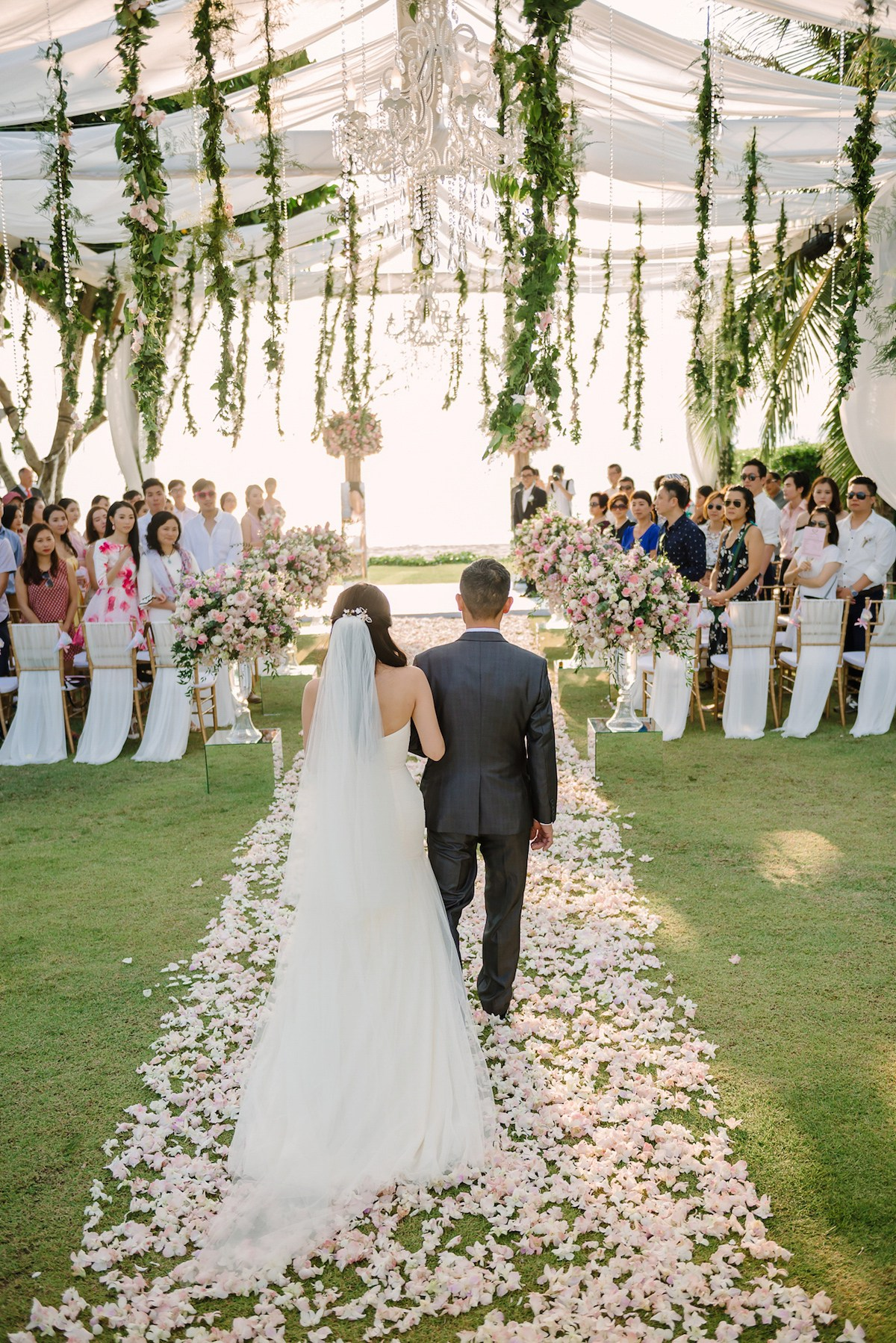 """a traditionnal thai wedding essay Thai marriage at large and definitely the ceremony of traditional thai wedding interlinked with an ancient tradition called sinsod (สินสอด) a custom of paying a dowry (dowery) to compensate a family of bride """"for mother's milk."""